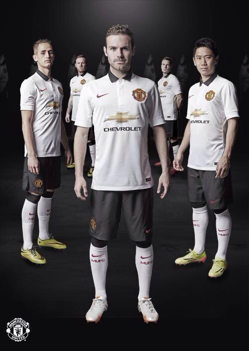 Manchester United Reveal Away Shirt For 2014/15 Season: Official [PHOTOS]
