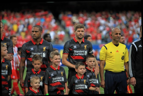steven gerrard1 600x406 Liverpool vs Olympiacos, International Champions Cup Game in Chicago [PHOTOS]