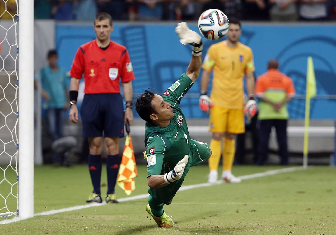 Keylor Navas on the verge of breaking 40 year old record at Real