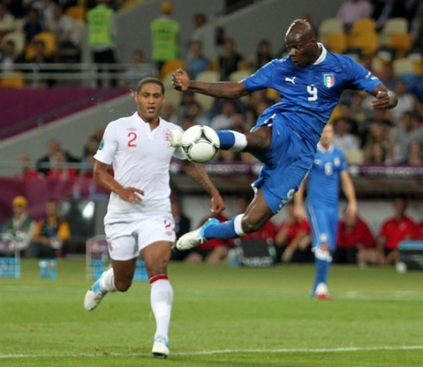 Mario Balotelli Euro 2012 vs England 03 600x520 Why Balotelli Is Worth The Gamble For Liverpool