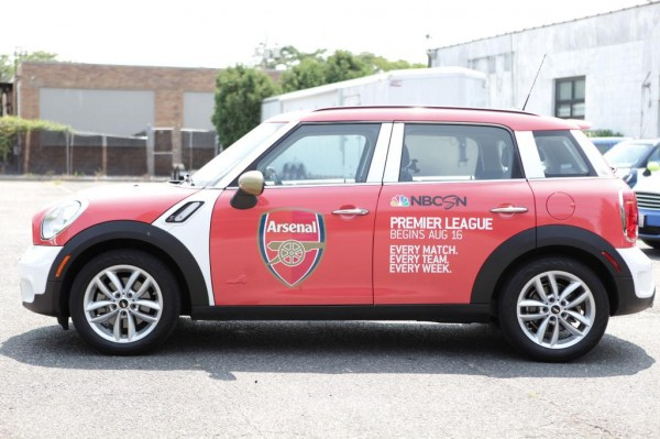 arsenal uber mini 600x399 Premier League Mini Coopers Spotted On the Streets of New York City [PHOTOS]