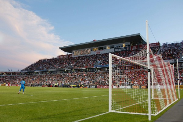 bmo field 600x400 Why Its Time to Adopt a Favorite Second Team for the 2014/15 Season