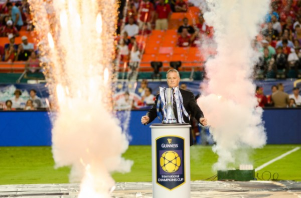 icc trophy 600x396 Manchester United vs Liverpool, International Champions Cup Final in Miami [PHOTOS]