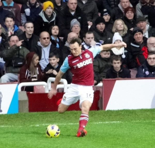 mark noble 600x573 Most Instrumental Players at Each of the 20 Premier League Clubs