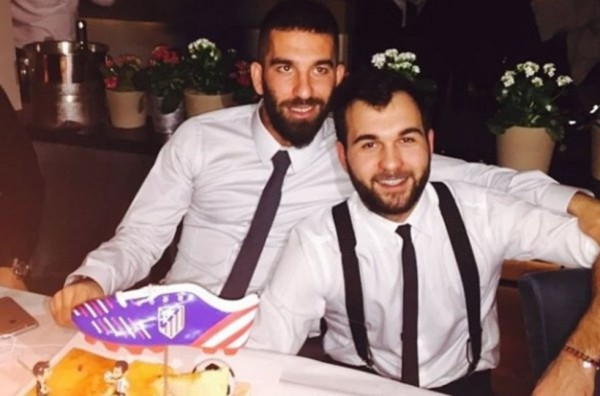 "Arda Turan celebrates birthday with ""boot cake"" following dust up with linesman"