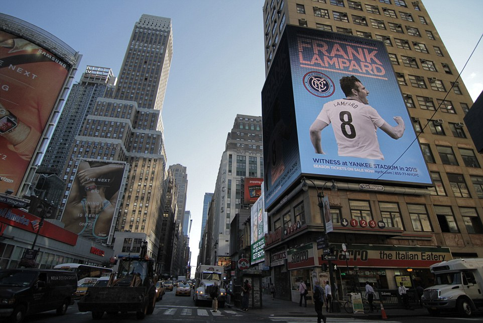 "Frank Lampard gets ""Welcome To New York City"" billboards"