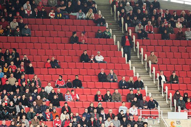 Why the Premier League needs to fix deteriorating atmospheres in English stadiums