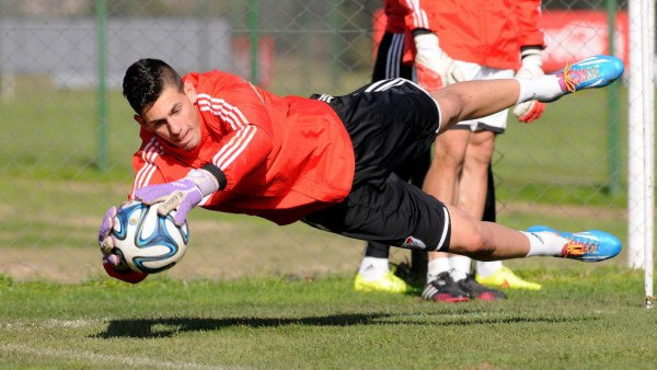 River Plate goalkeeper Augusto Batalla edging closer to Real Madrid move