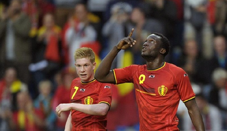 Former Chelsea players de Bruyne and Lukaku seize control of their futures