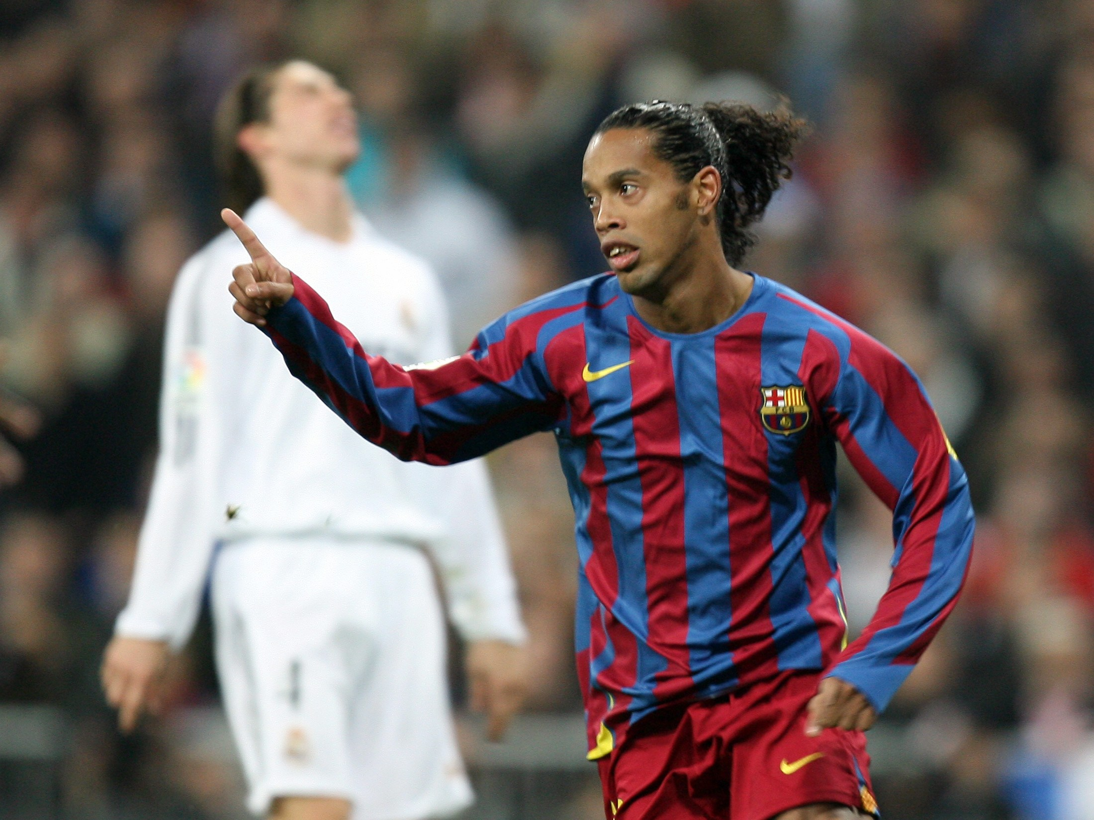 How Ronaldinho Rescued Barcelona From Its Forgotten Nightmare World Soccer Talk