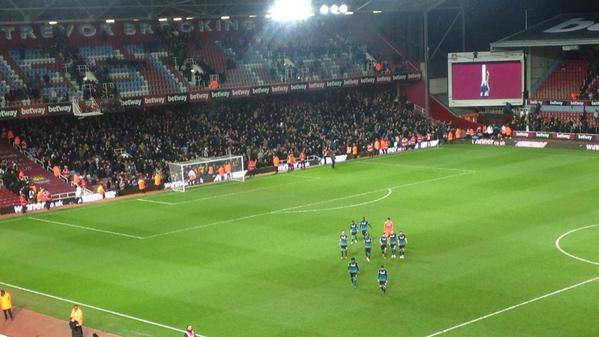 chelsea-away-fans-at-west-ham