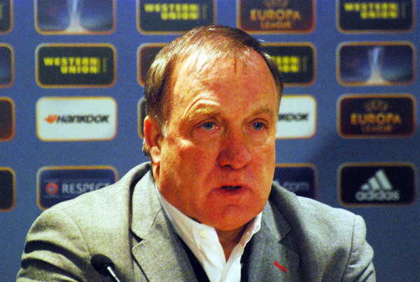 Dick Advocaat walks away from Sunderland
