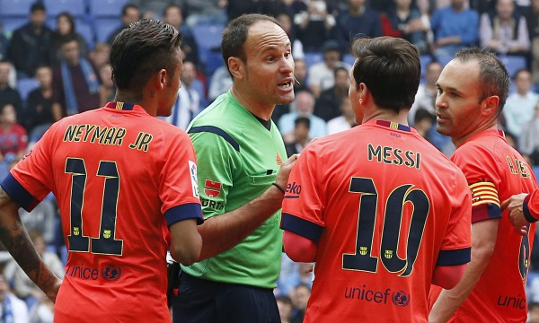 Barcelona feeling the pressure with Real Madrid close on their heels