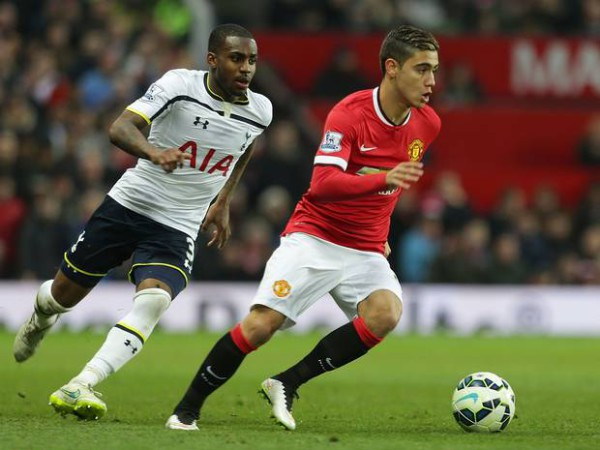 Man United make improved offer for midfielder Andreas Pereira