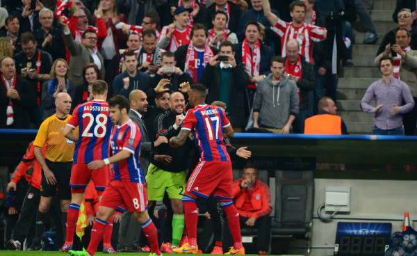 Thiago shines as Bayern Munich slaughters FC Porto 6-1