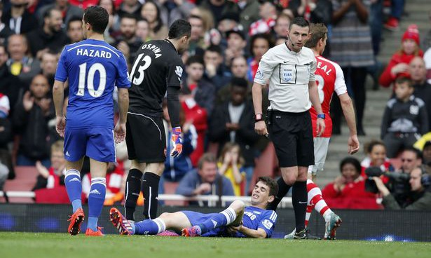 Oscar's concussion highlights Premier League's incompetence at dealing with head injuries