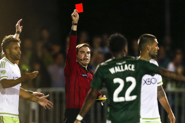 demps red 600x400 Clint Dempsey should get 3 month ban after ripping up refs notebook
