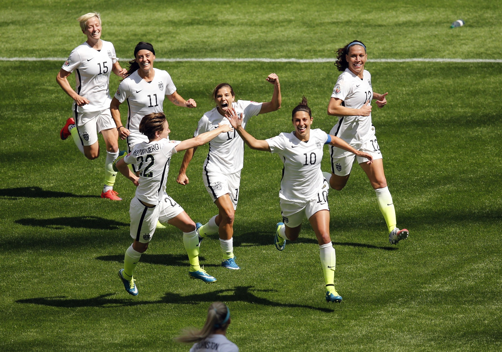 ... incredible goal for USA from halfway line [VIDEO] - World Soccer Talk
