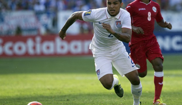 Tottenham's DeAndre Yedlin joins Sunderland on a season-long loan deal