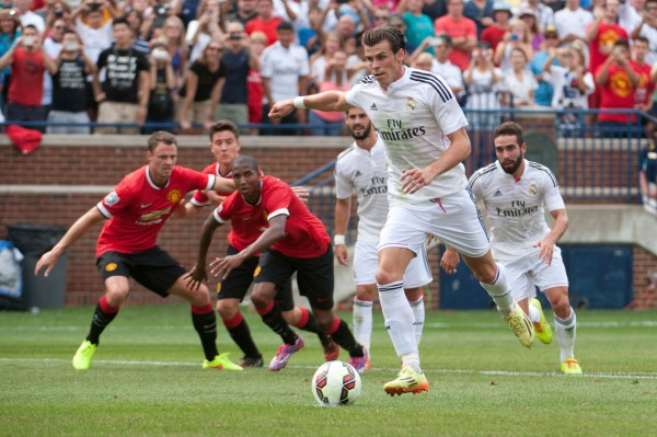 gareth bale 600x399 Gareth Bale would be an ideal signing for Manchester United, says Bryan Robson
