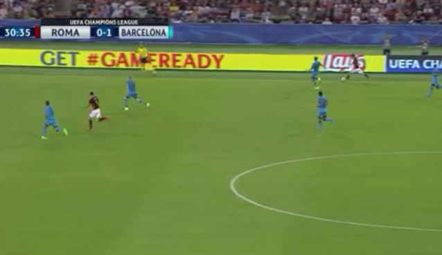 Roma's Alessandro Florenzi scores from 50 yards out against Barcelona [VIDEO]