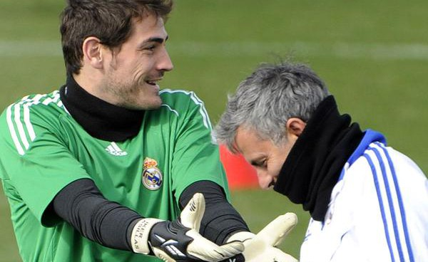 Iker Casillas has opportunity to plot Jose Mourinho's downfall in today's Champions League rendezvous
