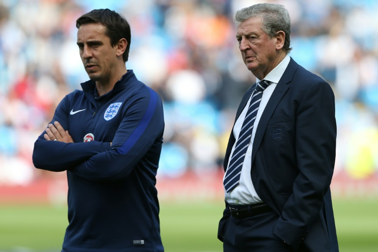 Gary Neville slams talk of Hodgson rift