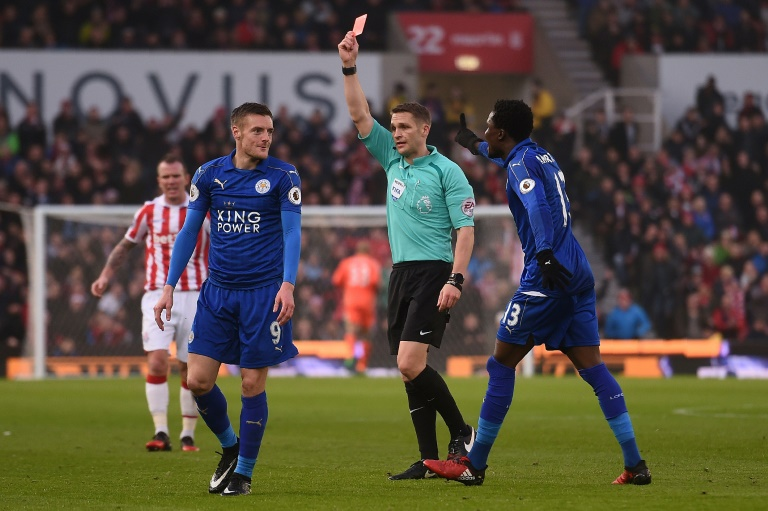 Vardy off but Leicester rally to hold Stoke