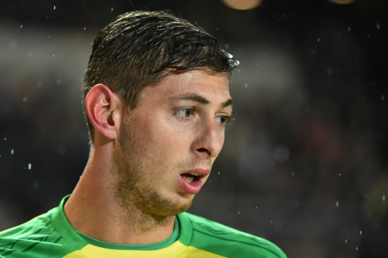Cardiff Striker Sala Presumed Dead As Rescuers Suspend Sea Search