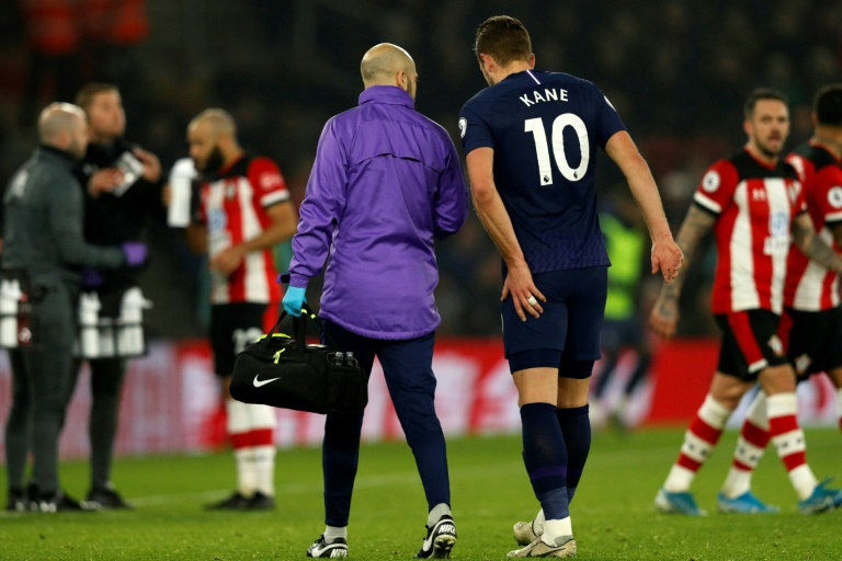 Kane set for long absence after Spurs star suffers torn hamstring ...