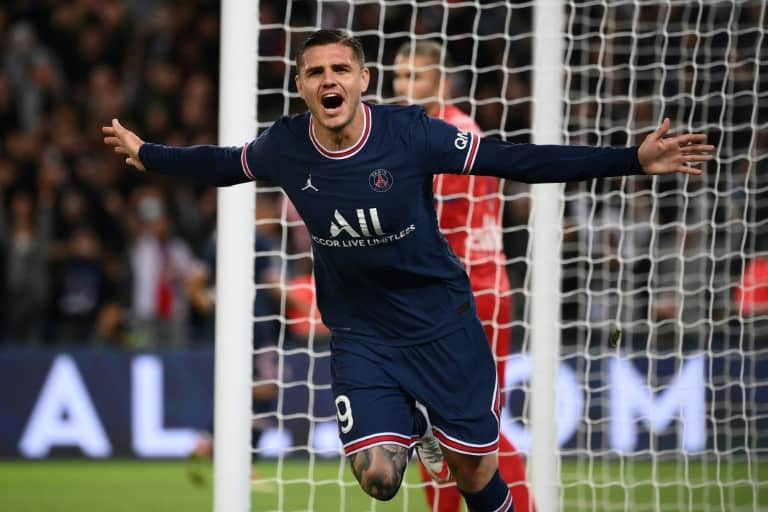 Icardi grabs late winner for PSG against Lyon as Messi makes home bow